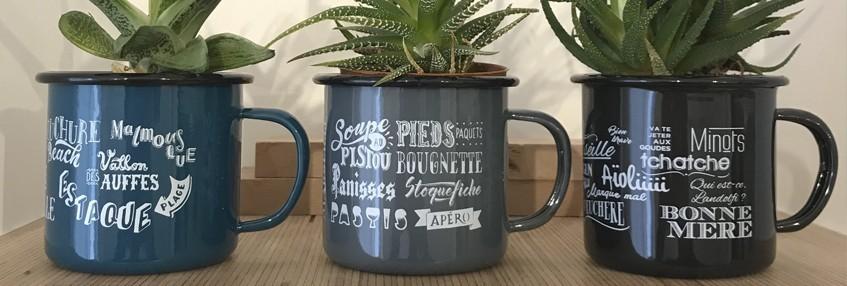 Mug et plaque emaillés
